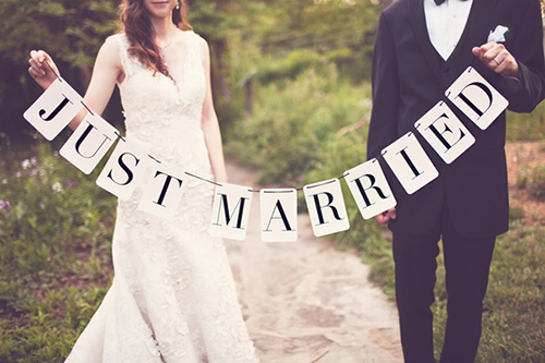 Cách xem bói tử vi tuổi hợp vợ chồng lấy nhau